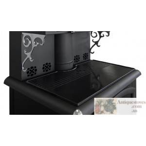 Black enameled cast iron cooking plate